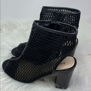 Bamboo black open toe zip up mesh booties size 9